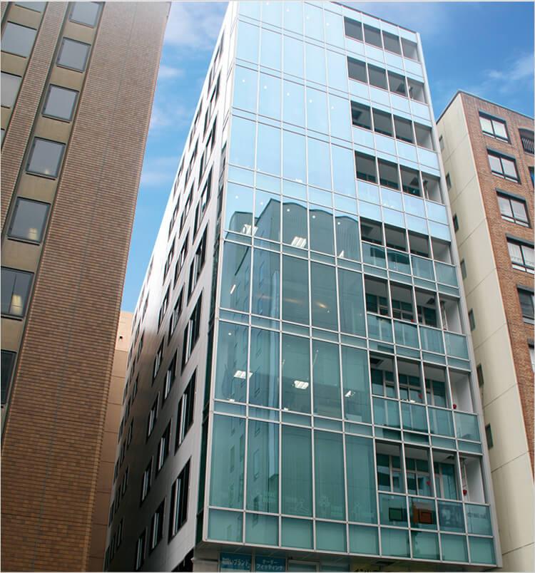 名古屋本社ビルの外観写真